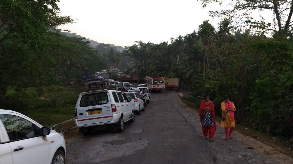 Convoy waiting