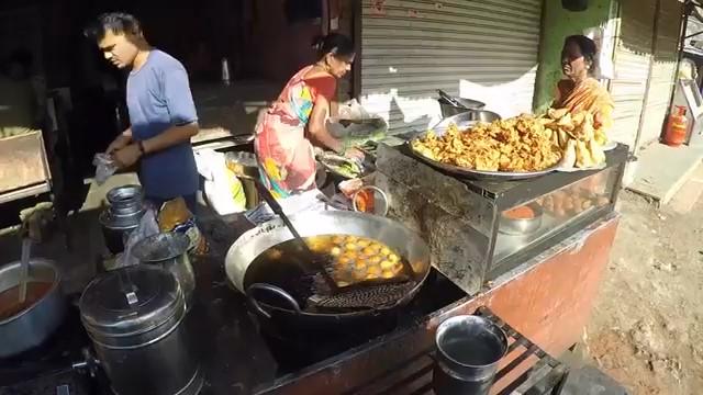 Snacks before peth fort trek