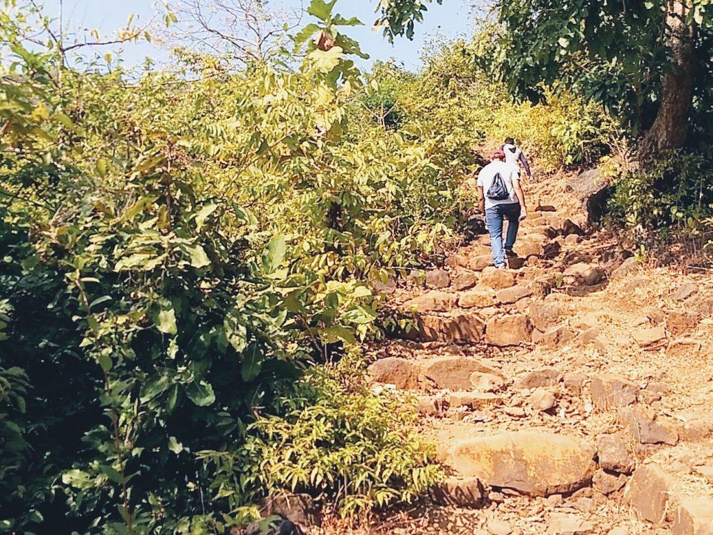 Climb to Tandulwadi Fort